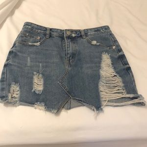 Distressed jean skirt size small